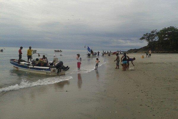 get-hooked-on-panama-fishing