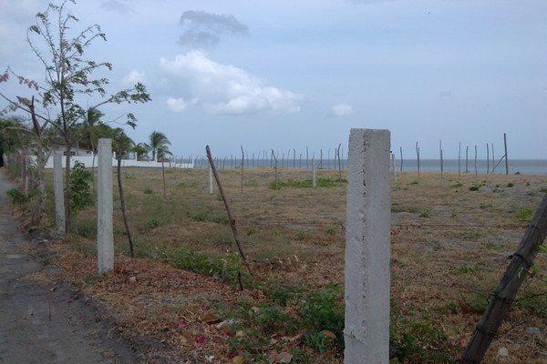 gorgona-beachfront01