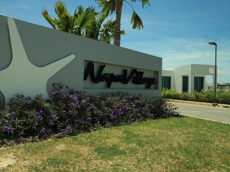 napa-villages01