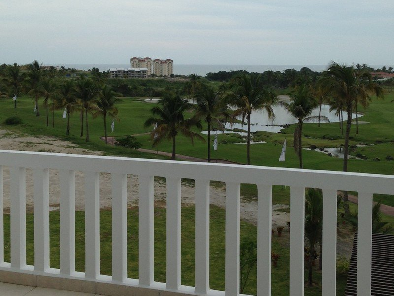 Isla Mar Panama Golf Condo
