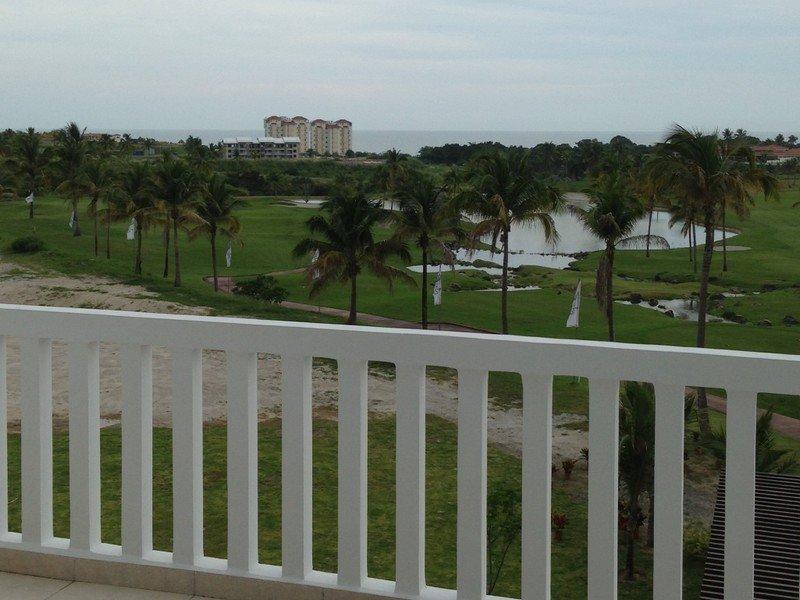 Isla Mar Panama Golf Condo