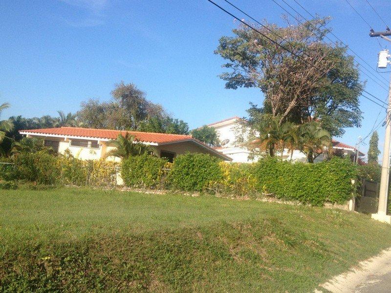 coronado-pool-home2