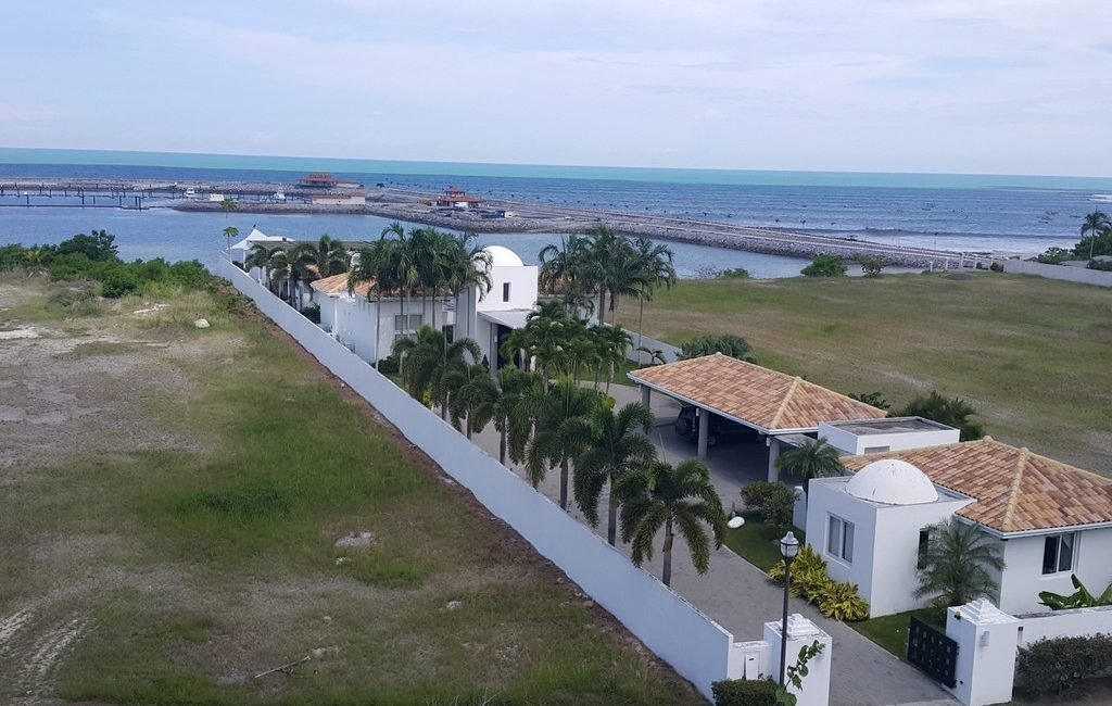 vista-mar-mansion02