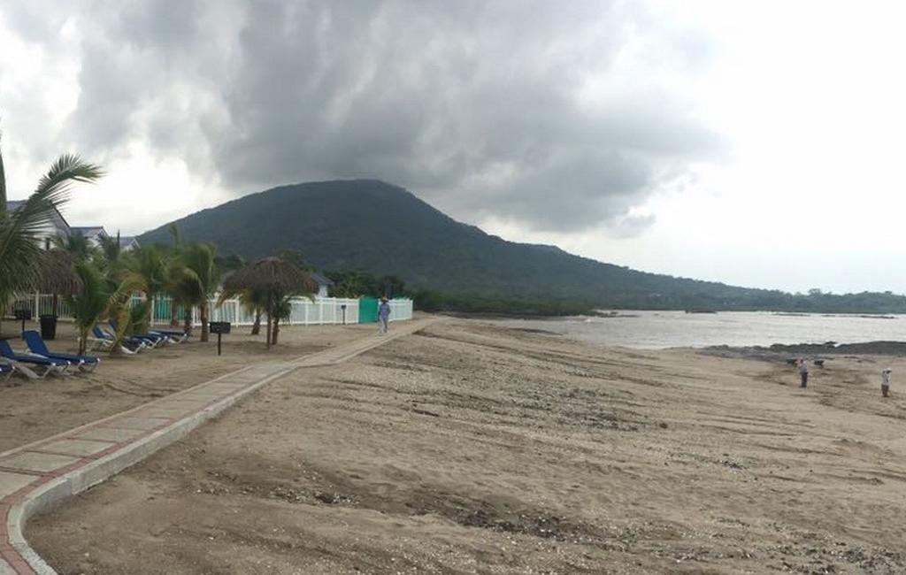 playa-dorado13