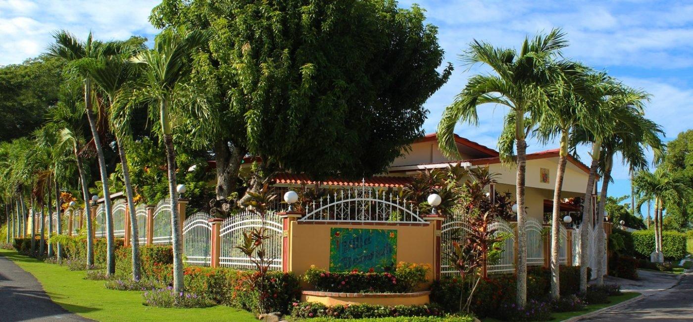 Villa-Deborahf01