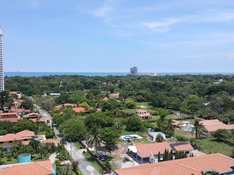 how-to-buy-panama-beach-house