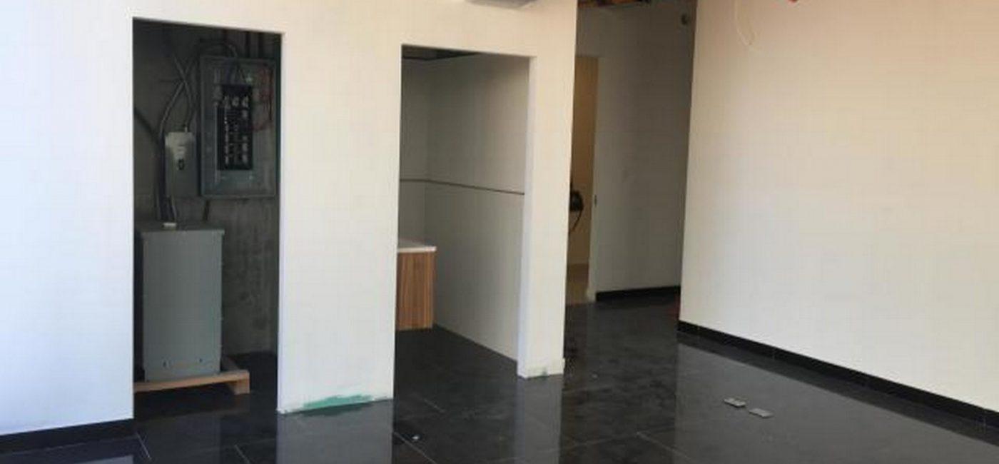 balboa-office03